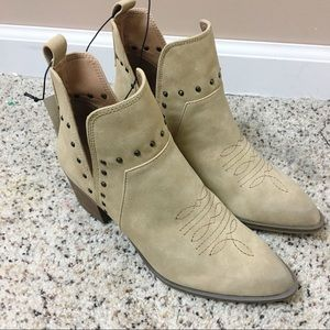 NWT Western Studded Ankle Booties